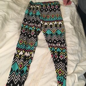 Pants - Colorful patterned leggings for plus size.